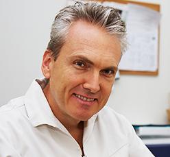 DentArana Dr Alan Fitzpatrick | Dentist Arana Hills