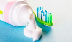 Your guide to choosing the ideal toothpaste dentist arana hills