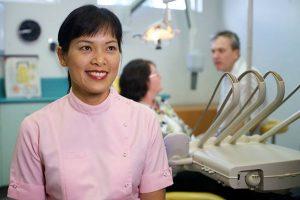 DR LO-AN VU Dentist Arana Hills